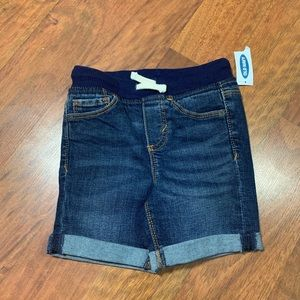 Old Navy cuffed shorts size 2t